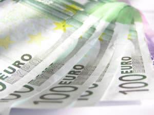 illegal-geld-leihen-300x225